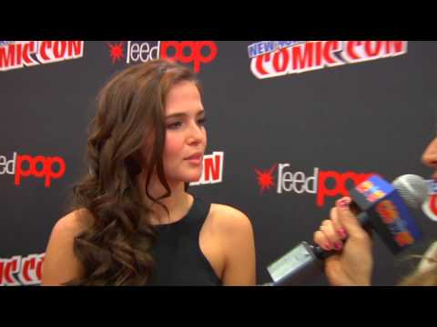 Zoey Deutch Talks 