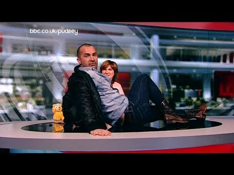 Louie Spence bursts into the newsroom - BBC Children in Need 2010