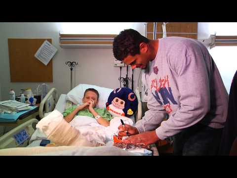 Chicago Bears Visit NorthShore Evanston Hospital