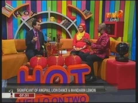 0 [2012 01 24] TV2 Hello On Two interviews Kenny Hoo on 2012 Good Feng Shui Outlook &amp; Predictions(B)