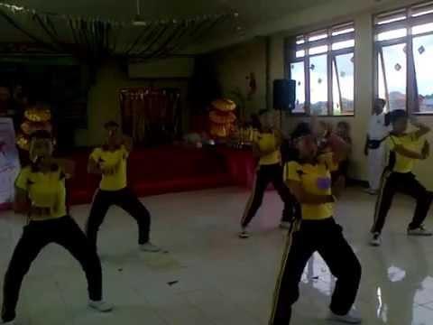 Juara Senam Srai ( Senam Ria Anak Indonesia ) Cinta Satu Malam ( Intro )calisthenics Competition video