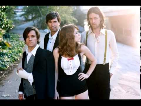 Rilo Kiley - Let Me Back In