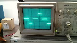 Belkin UPS Sine Wave Test With The Oscilloscope