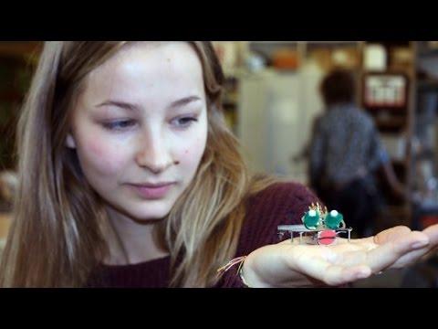 """""""Code Week"""" in Berlin: Aus Handy-Schrott werden Mini-Monster"""