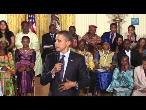 Barack Obama canta Boyfriend di Justin Bieber