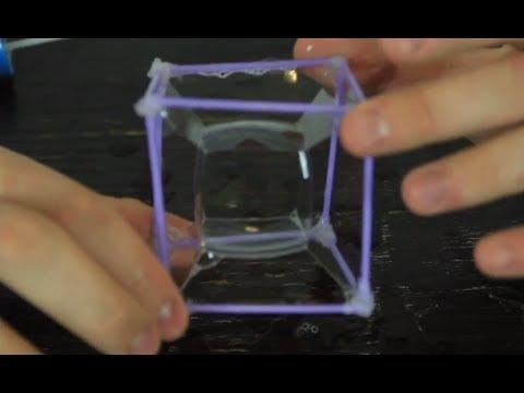Látványos szappanbuborék-kocka