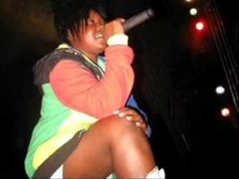 Lady Squanda-ndinewe(exclusive) video