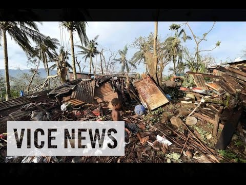 International Aid Reaches Cyclone-Ravaged Vanuatu: VICE News Capsule, March 18
