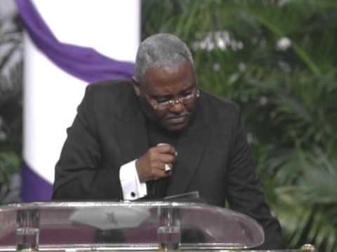 Bishop Delano Ellis Holy Conv 2007 Bishop Ellis 100yrs - Memphis Full message
