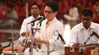 Malaysian Chinese, Chong Chiu Sen sings Carnatic Music in Prashanthi Nilayam - Dream realized 2013