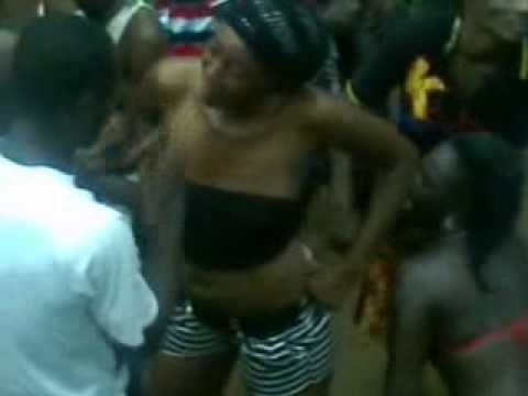 Girl Dancing In Ghana Girl Dancing In Ghana Ferry Nice Dancing video
