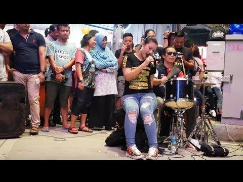 Bara Bere-Nurul Feat Redeem Buskers Cover Siti Badriah,goyang Asyik