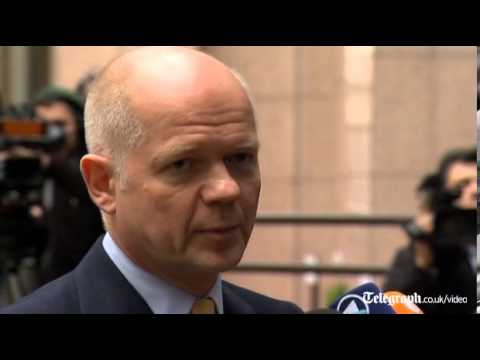 Ukraine: William Hague calls for end of clashes