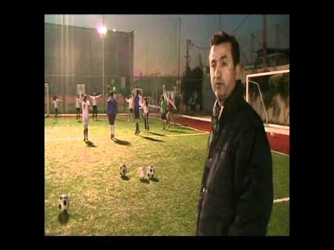 أكاديمية الفتيات لكرة القدم