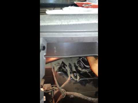 Changing a blower motor resistor on a 93 gmc Yukon