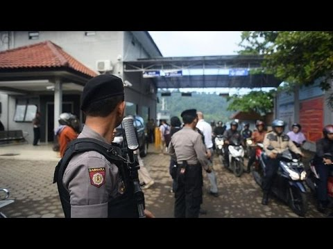 Indonesia gears up for executions as families wail in grief