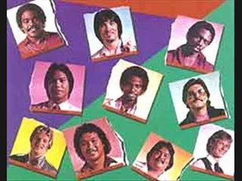 download lagu Collage- R&B Romeo Where`s Julliet gratis
