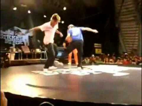 Neymar Freestyle Battle 2011