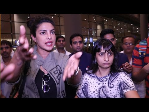 Priyanka Chopra Gets ANGRY On Reporters At Airport