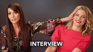Riverdale (The CW) Marisol Nichols and Mädchen Amick Interview HD