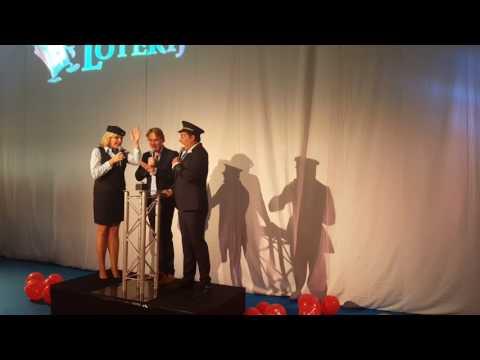 Corendon onthult Boeing 737 met Gerard Joling en Irene Moors
