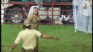 download lagu Redneck Wedding - Bride And Groom Get Muddy gratis