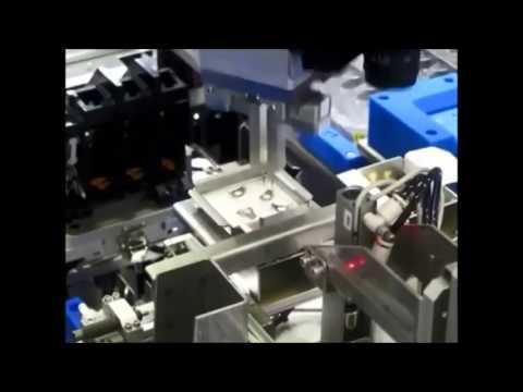 רובוט תעשייתי 7 מבית Mitsubishi Electric
