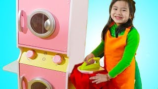 Jannie Pretend Play with Washing Machine Toy