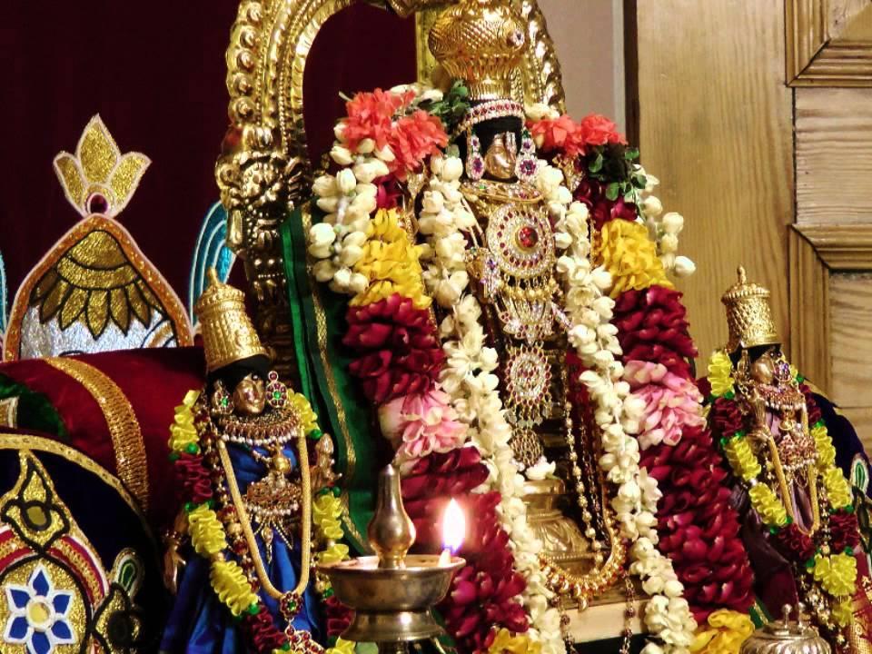 "1008 Divine Names of Lord Venkateswara (Kshetra Tirumala) - ""Sri ..."