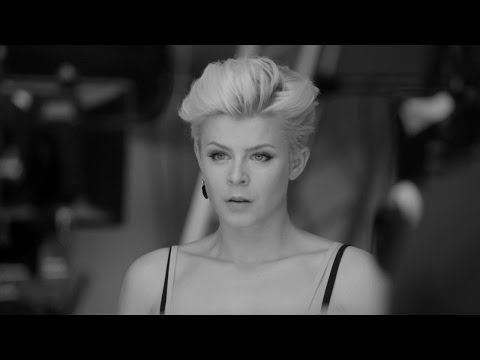 Dancing On My Own  Behind The Scenes with Robyn