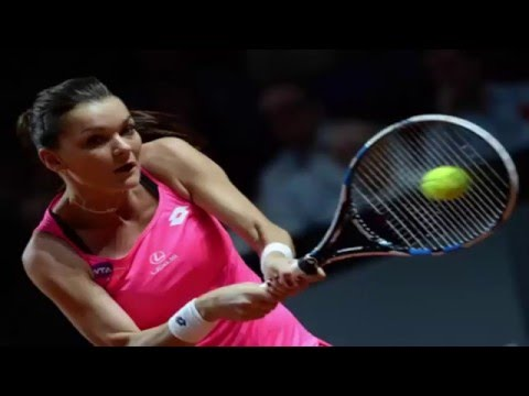 Top seed Radwanska, No. 2 seed Kerber fall in first round of Madrid Open