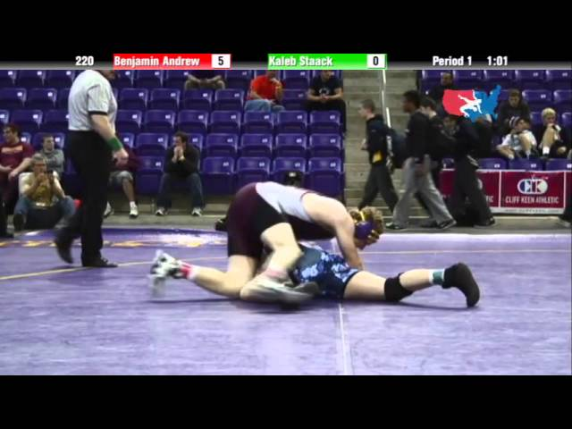 Junior 220 - Benjamin Andrew (mesa west wrestling club) vs. Kaleb Staack (Waverly)