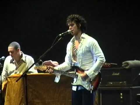 Doyle Bramhall - Helpless Man
