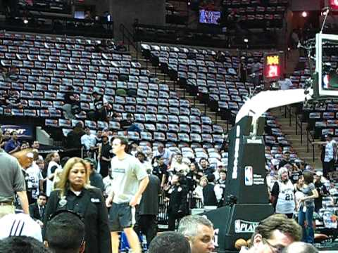 Manu Ginobili Warms Up vs Mavs Game 3 Video