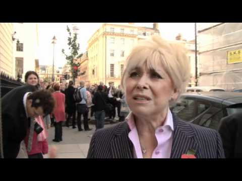 BARBARA WINDSOR'S PEAR TREE