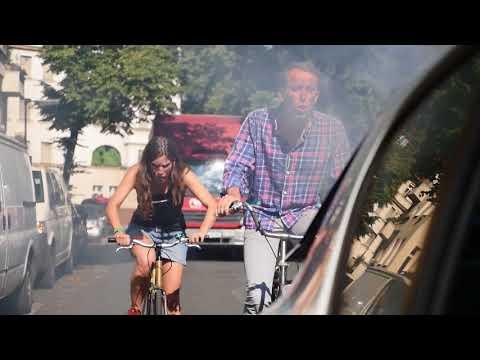 #1 | Nina & Karl vs. Berliner Luft