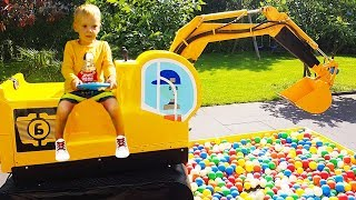 Max and Excavator Truck Balls playing