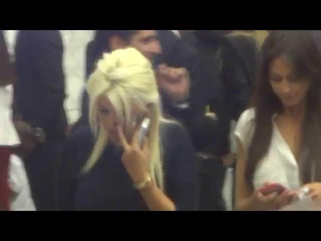 Wanda Nara e Icardi da Papa Francesco - Partita per la Pace Video