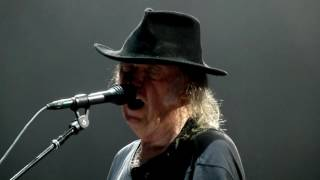 Watch Neil Young Rockin In The Free World video