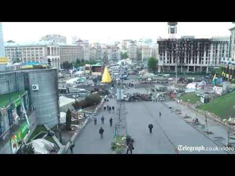 Ukraine crisis: Kiev protesters 'not satisfied' with revolution