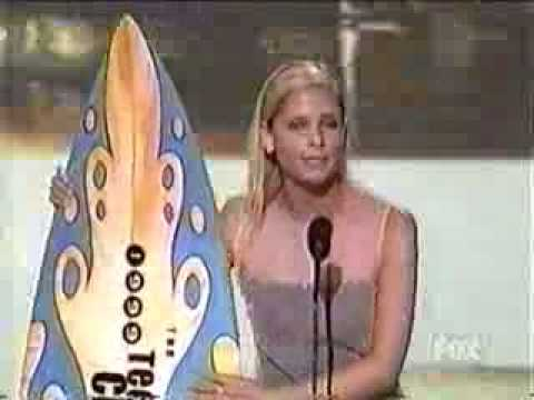 Sarah Michelle Gellar dedicates award to David Boreanaz Video