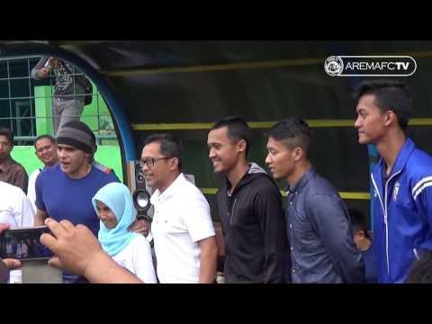 FUN FOOTBALL Coaching Clinic Arema FC bersama Yatim Mandiri
