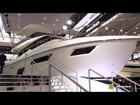2018 Ferretti Yachts 450 - Walkaround - 2018 Boot Dusseldorf Boat Show