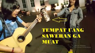 Download Lagu Pengamen hebat , kreatif dan paling keren membuat semua TERPESONA ! Ariv Kotu Kota Tua Gratis STAFABAND