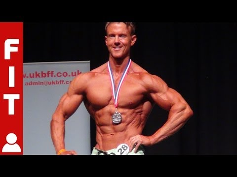 ROB RICHES IS NEW NATIONAL PHYSIQUE CHAMPION