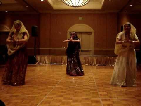 Maiya Yashoda Dance By Nidhi , Mahima And Kala video