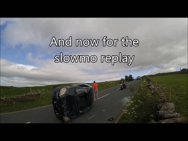 [UK] Cammer flips his Toyota Yaris as he tries ... - YouTube