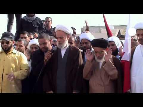 Thousands attend Bahrain protest funerals