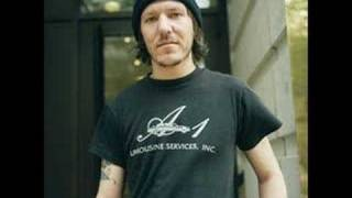 Watch Elliott Smith Little One video