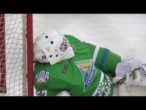 Дворовый хоккей с Салаватом Юлаевым!